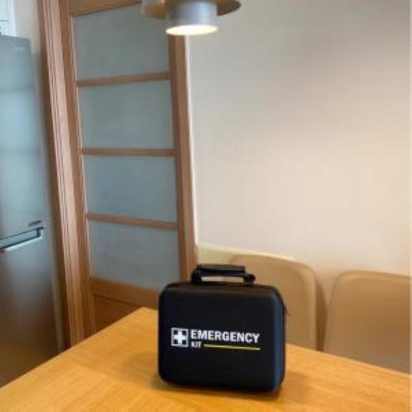 EMERGENCY KIT 검정가방 (1개) 응급가방 비상가방