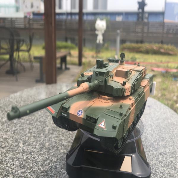 태양광회전판 육군 K2 흑표 전차 탱크 무선조종