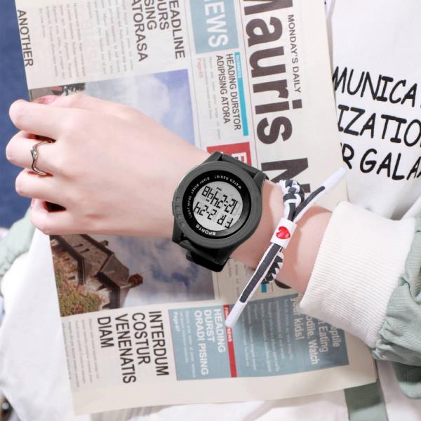 패션시계 선물 우레탄밴드시계 운동 등산 방수 디지털 스포츠손목시계 INS 워치