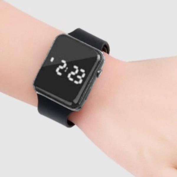 근대 손목시계 워치 남자친구선물 스포츠 손목전자시계 밴드 1플러스1 SB 심플 패션손목시계 등산 레저 블랙 누구나 디지털