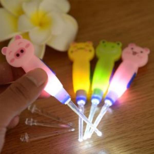 LED 라이트 동물 귀이개