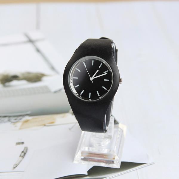 1Plus1 아날로그 Ketime 심플블랙 손목시계와치 AD988